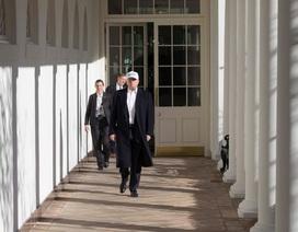 """Bức ảnh gây """"bão"""" mạng của ông Trump trong những ngày chính phủ đóng cửa"""