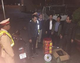 Gần Tết, Cảnh sát giao thông liên tục bắt giữ pháo nổ, hàng lậu