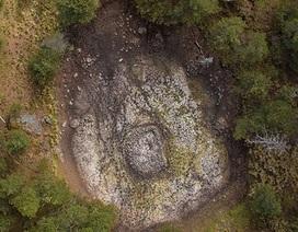 """Hồ """"đá nổi"""" bên cạnh một ngọn núi lửa ở Mexico là mô hình vũ trụ nghìn năm tuổi"""