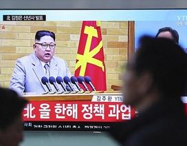Ông Kim Jong-un cảnh báo nút kích hoạt hạt nhân luôn trên bàn làm việc