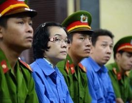 """Hoãn phiên toà xét xử """"siêu lừa"""" Huỳnh Thị Huyền Như"""