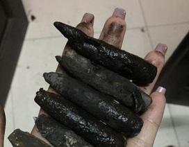 Người dân thu nhặt cả xô vỏ đạn sau vụ nổ lớn tại Bắc Ninh