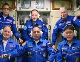Phi hành gia Nhật xin lỗi vì nhầm là cao thêm 9cm trên vũ trụ