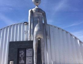 """Chương trình bí mật của Lầu Năm Góc: Khám phá """"bang UFO"""" Nevada"""
