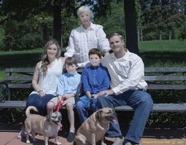 """Bỏ ra 250 đô la để nhận về bộ ảnh chụp gia đình không thể """"lầy"""" hơn"""