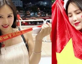 """U23 Việt Nam vô địch cúp Tứ hùng: """"Đứng hình"""" với dàn hot girl """"thả tim"""" trên sân"""