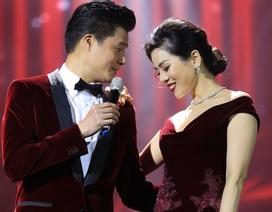 Quang Dũng nắm tay Lệ Quyên bước từ nhạc Trịnh sang… Bolero