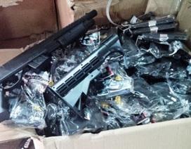 """Phát hiện một lượng """"khủng"""" súng nhựa vận chuyển từ Quảng Ninh vào Thanh Hóa"""