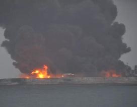 2 tàu đâm nhau ở Trung Quốc, 32 người mất tích