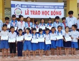 100 suất học bổng Grobest Việt Nam đến với học sinh nghèo Sóc Trăng