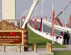 Trung Quốc đổ hàng tỷ USD vào Campuchia