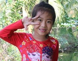 """Nụ cười rạng rỡ của bé gái thứ 6000 trong chiến dịch """"Nhịp tim Việt Nam"""""""