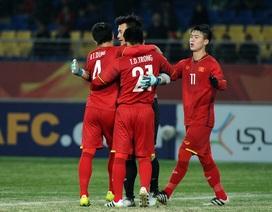 HLV Park Hang Seo kéo tuyển thủ U23 Việt Nam trở lại mặt đất