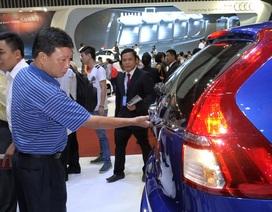 Bất thường nửa tháng đầu năm: Việt Nam chỉ nhập 6 chiếc xe con
