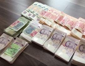 Mang 6,5 tỷ đồng sang Singapore mua điện thoại: Chàng trai Việt bị bắt ra tòa