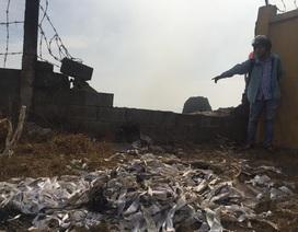 Mỏ đá bỏ hoang trở thành bãi rác thải nguy hại giữa lòng thành phố