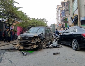Danh tínhtài xế xe Ford Escape đâm nhiều phương tiện khiến 1 phụ nữ tử vong