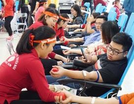 Hàng ngàn đơn vị máu trong ngày Chủ nhật đỏ