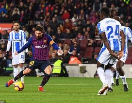 Messi và Suarez tỏa sáng, Barcelona vững ngôi đầu bảng La Liga