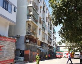 """Hình ảnh chung cư nghiêng dọa sập khiến 38 hộ dân """"tháo chạy"""" ngay cận Tết"""