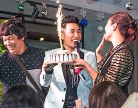 Ca sĩ Quang Hà bất ngờ khi được khán giả tổ chức tiệc sinh nhật