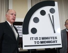 """""""Đồng hồ ngày tận thế"""" sắp điểm?"""
