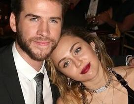 Miley Cyrus đẹp đôi bên chồng