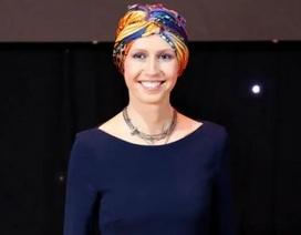 Đệ nhất Phu nhân Syria đối diện với bệnh ung thư vú bằng tinh thần lạc quan