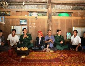 """Xuân hạnh phúc của những """"người vô danh"""" vừa được nhập quốc tịch Việt"""