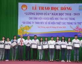 Sóc Trăng: Trao học bổng đầu năm cho sinh viên