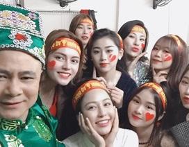 """""""Hot girl World Cup"""" Trâm Anh tiết lộ về lần đầu được diễn cùng các Táo quân"""