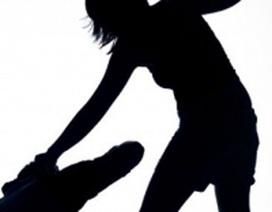 Chồng đâm chết vợ, chém trọng thương 2 em vợ đêm giao thừa