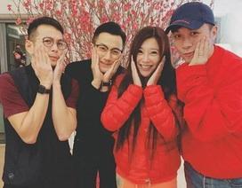 Lưu Khải Uy khoe ảnh đầu năm mới bên bạn bè, Dương Mịch đón năm mới tại Bắc Kinh