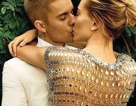 Justin Bieber và vợ tình tứ trên tạp chí Vogue