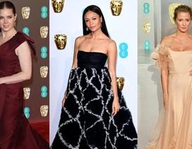 Những bộ váy đẹp nhất trên thảm đỏ BAFTA 2019