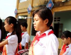 Buổi chào cờ đầu năm đầy nước mắt ở trường có 6 học sinh đuối nước
