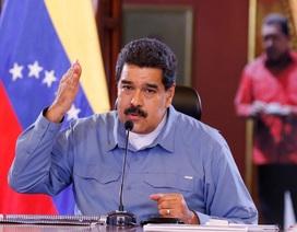 Venezuela cam kết mua vũ khí hiện đại nhất của Nga cho quân đội