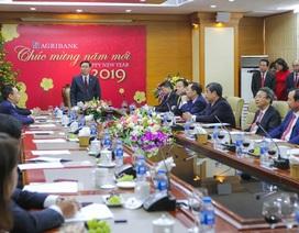 Phó Thủ tướng Vương Đình Huệ tới thăm và làm việc với Agribank tại trụ sở chính