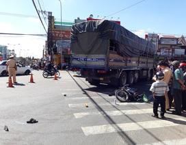 Hai vợ chồng thương vong sau khi bị cuốn vào gầm xe tải