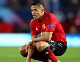 """Lý do """"trời ơi đất hỡi"""" khiến Sanchez """"tắt điện"""" ở trận gặp PSG"""