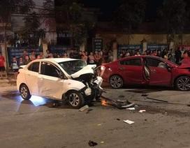 2 ô tô tông nhau cực mạnh, 1 người chết, 3 người bị thương