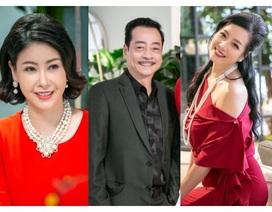 NSND Hoàng Dũng, NSƯT Chiều Xuân cùng dàn mỹ nhân Việt hội ngộ đầu xuân