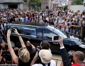Rớt nước mắt vì đám tang đẫm lệ của ngôi sao xấu số Emiliano Sala