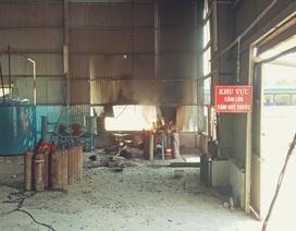 Nổ khí gas tại cơ sở sang chiết, 3 người bỏng nặng