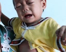 Cháu bé 11 tháng tuổi bị ung thư máu đã mất