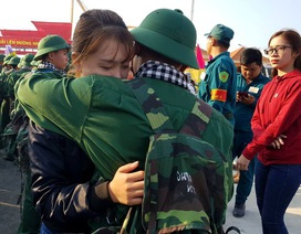 Những hình ảnh xúc động ngày tân binh TPHCM lên đường nhập ngũ