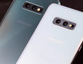 Samsung Galaxy S10E: Đối thủ đáng gờm của iPhone XR
