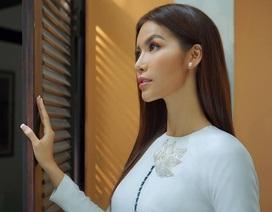 """Siêu mẫu Minh Tú bước qua sóng gió thị phi chia sẻ về """"tham vọng"""" năm mới"""