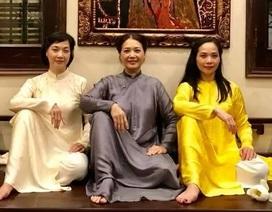 Nhan sắc đáng ngưỡng mộ ở tuổi ngoài 50 của Lê Vân, Lê Khanh, Lê Vi