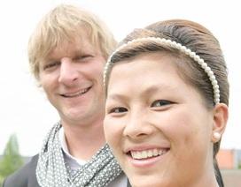 Cô bé dân tộc nói tiếng Anh như gió giờ đã trở thành vợ doanh nhân Bỉ